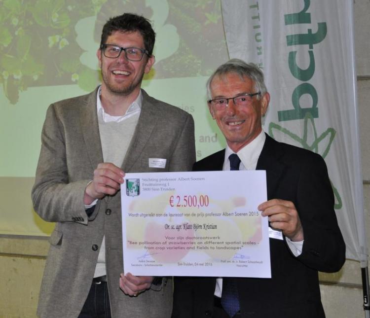 Award Professor Albert Soenen