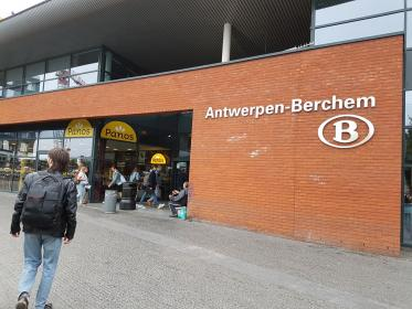Station Berchem